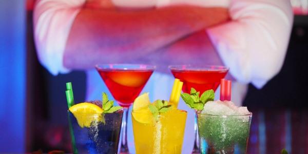 Myslíte si, že známé osobnosti umí svou narozeninovou párty lépe rozjet?