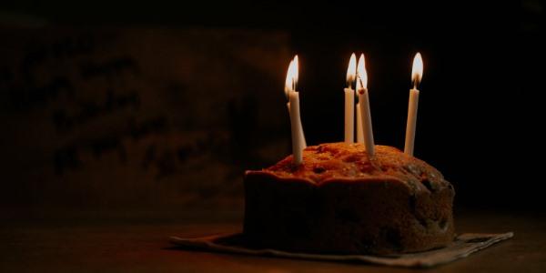 Které známé české osobnosti slaví narozeniny v květnu?